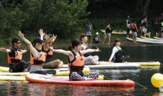 四尾連湖で湖上ヨガ体験㉔