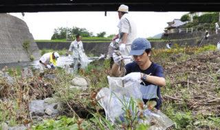 桂川を清掃、地域おこし協力隊員が呼び掛け㊴